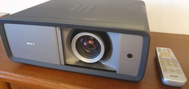 Projektor Sanyo PLV-Z3000 FullHD 2xHDMI, VGA, 65000:1