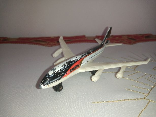 Matchbox boeing 747-400 z 2006 roku