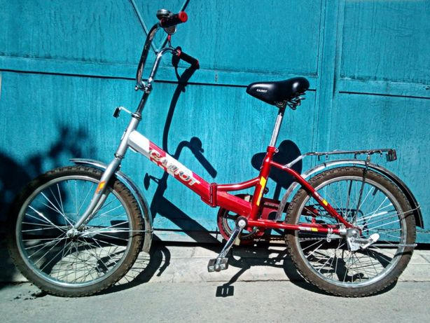 Велосипед Салют 3250 рублей.