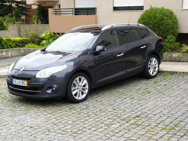 Renault Megane sport tourer - full extras. Possib. troca