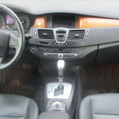Nawigacja GPS Renault Laguna III wersja Carminat DVD komplet