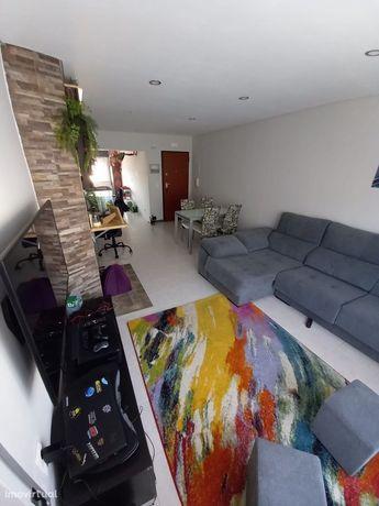 Apartamento T2 Quinta do Conde/Sesimbra Remodelado.