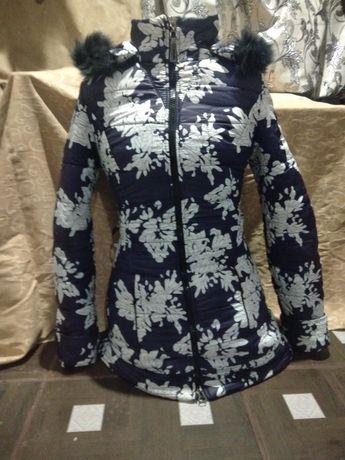 Зимова  куртка розмір 42-44