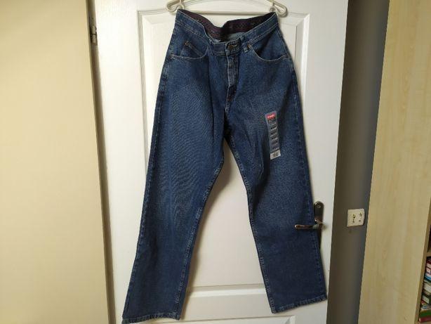 Jeansy Wrangler relaxed fit, W32 L30, niebieskie (5 sztuk)