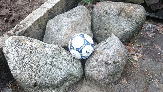 kamień głaz granit /granitoid - dekoracja do ogrodu - cztery kamienie