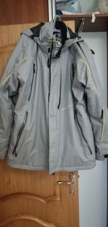 Курточка зимняя Obermeyer XL как новая