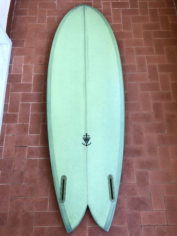 """COLLECTIVE TWIN FIN 5'6 * 20 1/4"""" * 2 5/16"""" * 29.5L"""
