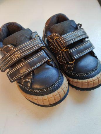 Продам кроссовки, 4разм, 12см,80грн