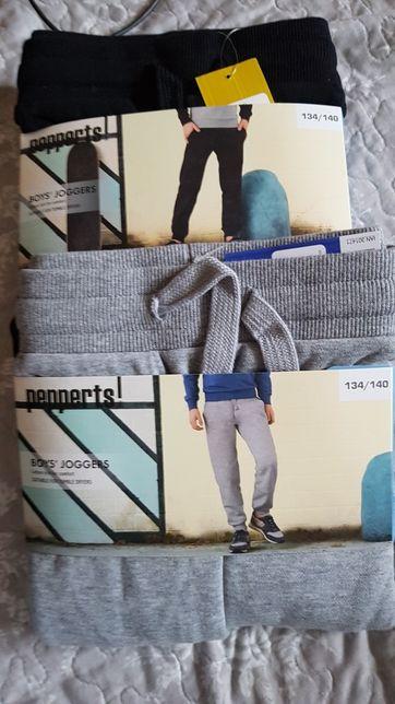 Nowe!!! Spodnie jogery lupilu 134/140