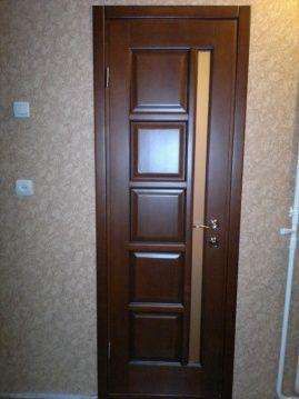Дерев'яні двері. Нові.