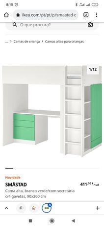 Cama alta de criança com escadas, secretaria, gavetas e armário