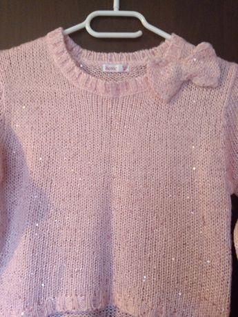 Śliczny świąteczny sweterek rozm 122