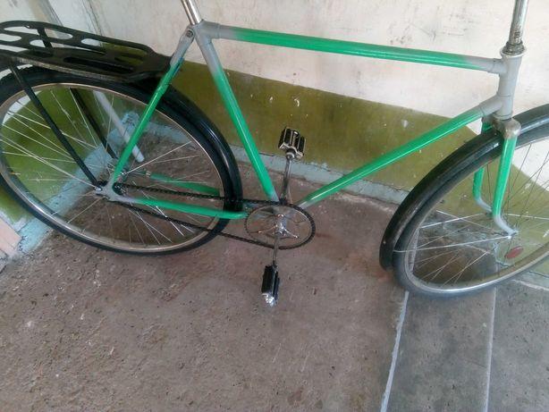 Велосипед Украина с багажником советская модель