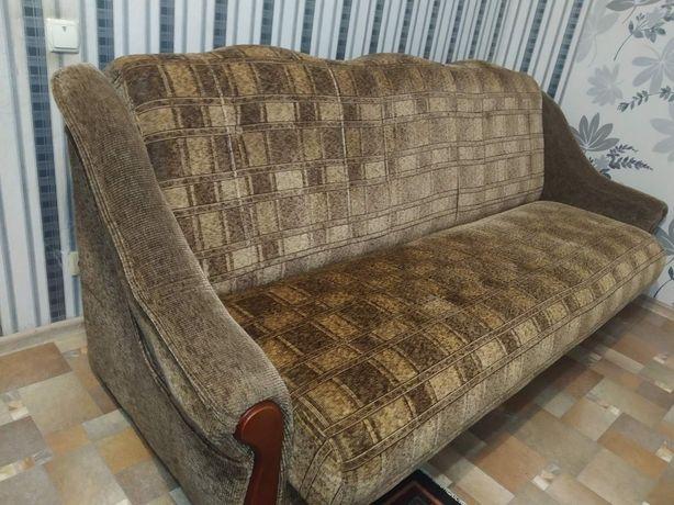 Продам диван в хорошому стані