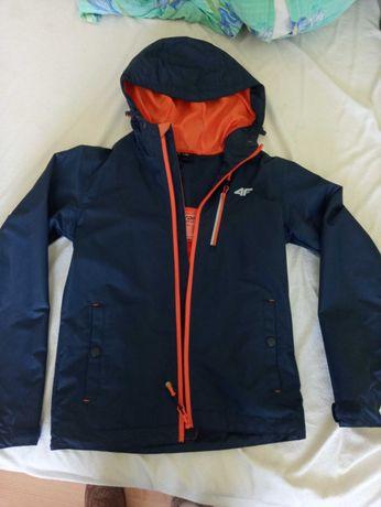 Sprzedam kurtkę firmy 4F