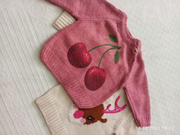 Продам свитер на девочку