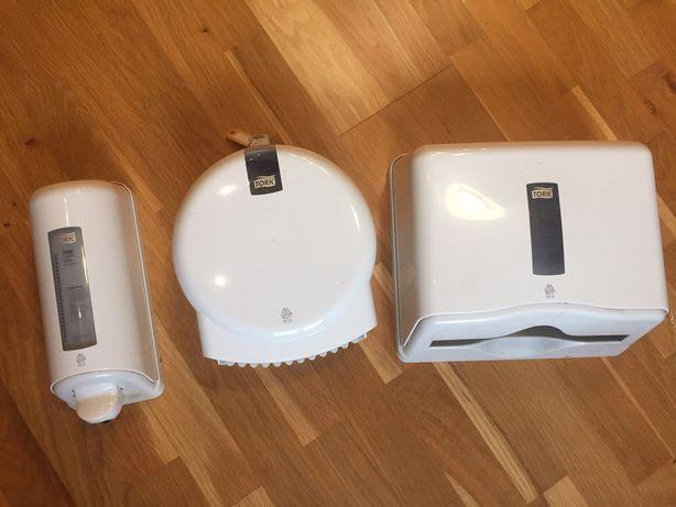 Диспенсер Tork для туалетной бумаги полотенец дозатор для мыла