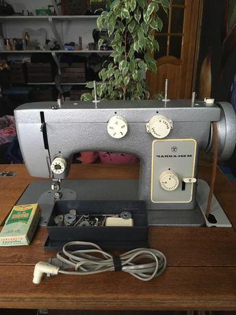 Швейна машинка Чайка 142М