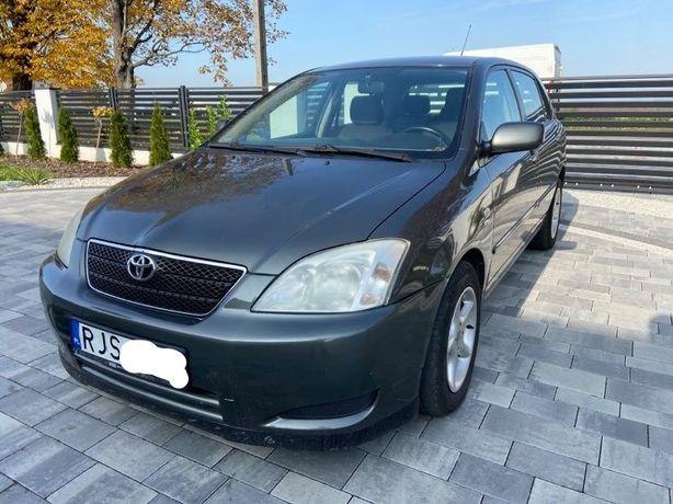Toyota Corolla E12 5 drzwi 2002 1.6 benzyna hak