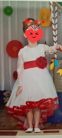 Платье нарядное выпускное
