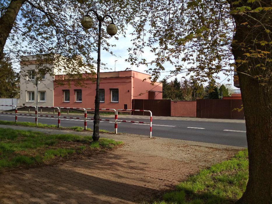 Dom w centrum Pleszewa z dużym ogrodem (działka 1277 m²) Pleszew - image 1