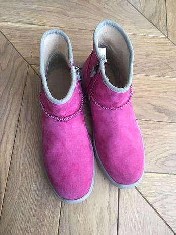 UGG ботинки на девочку