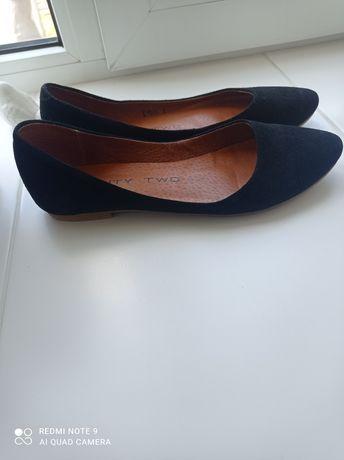 Туфли замшевые,лёгкие и удобные, натуральная кожа,37 р.,б/у.