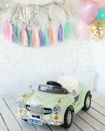 Детский ретро автомобиль электромобиль двухместный