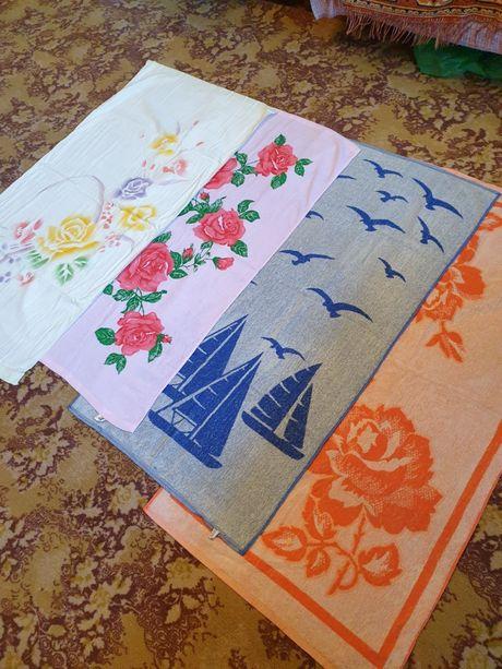 Полотенца новые разных размеров