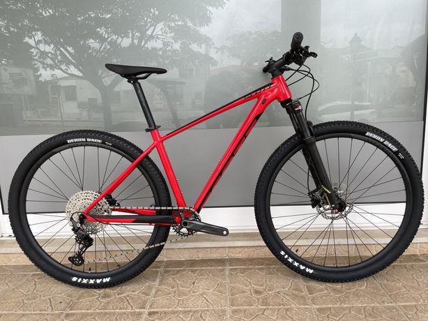 Bicicleta Scott Scale - nova! 2022