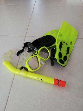 Sprzęt do nurkowania dla dzieci firmy WAVE.