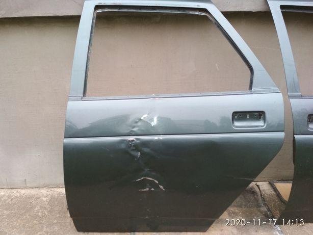 Дверь ВАЗ 2110 замок стеклоподъёмник