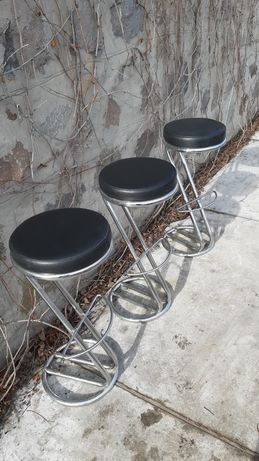 Барні стільці(3). За штуку.