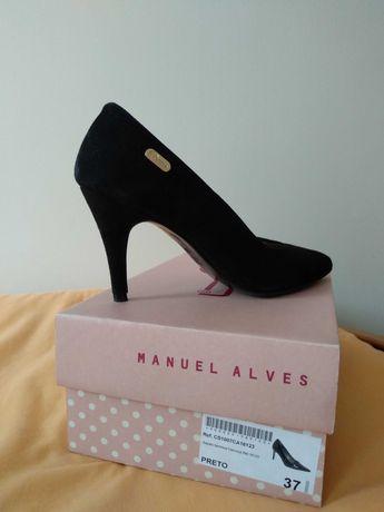 Sapatos tipo stilleto preto