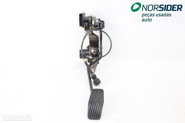 Pedal acelerador / potenciômetro Mitsubishi L 200 Pick-Up|01-04