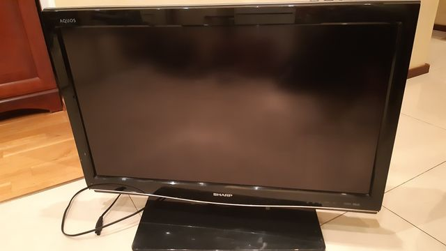 Tv Sharp Aquos LC-32XL8E 32 cale pilot