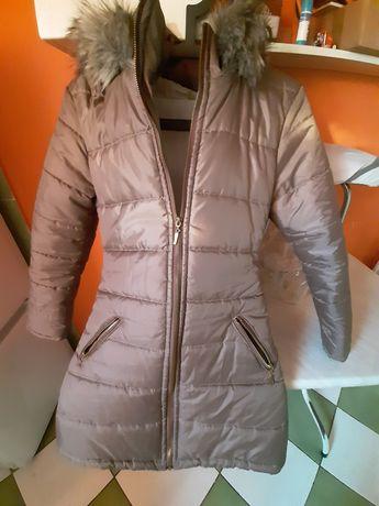 Płaszcz zimowy dziewczecy