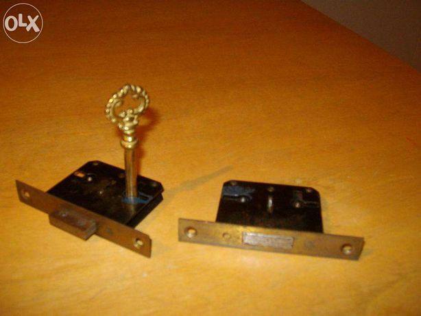 2 fechaduras para móvel
