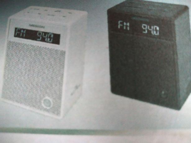 Radio z gniazdka
