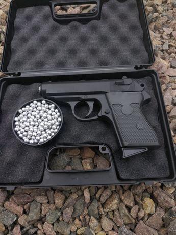 Пістолет Макаров для страйкболу(пневмат)+кулі в подарунок