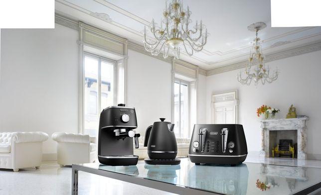 Рожковая кофеварка еспресо Delonghi Distinta ECI 341.BK