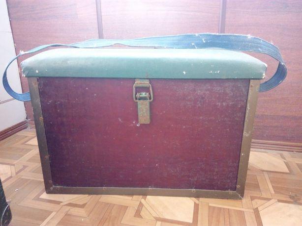 Ящик для зимней рыбалки с сиденьем
