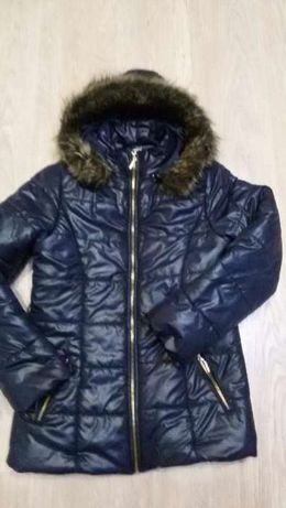Зимняя курточка для девочки на рост 152см