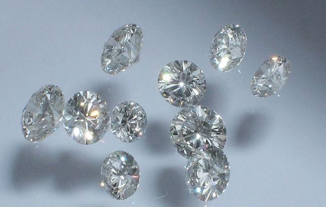 Бриллиант муассанит 35 шт ( шикарные камни) диамант алмаз діамант
