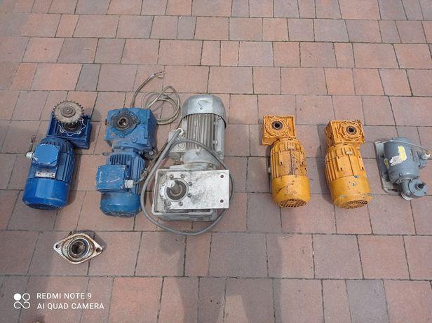 Motoreduktory 0.37-1.8KW