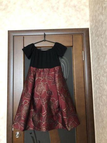 Роскошное пышное платье бренда AX Paris celebrity. Новое