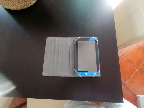 Tablet Lenovo Tab 3 Essential 7 polegadas
