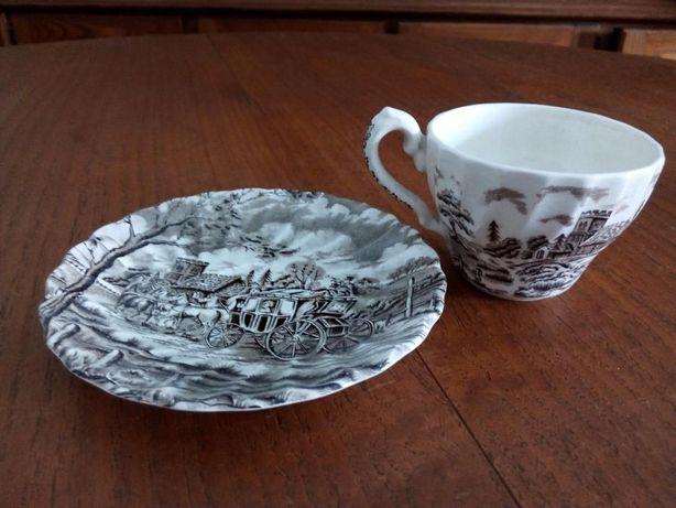Chávenas e pires vintage decoração