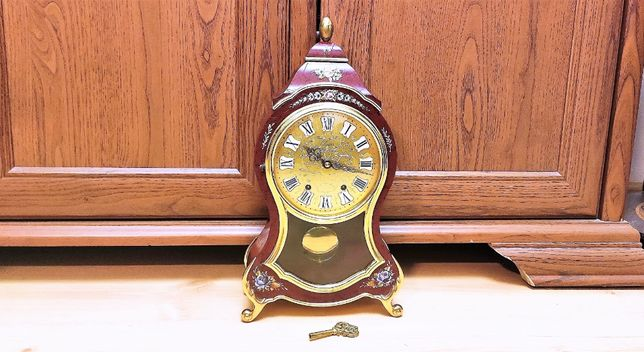 Dekoracyjny zegar kominkowy w stylu BOULLE