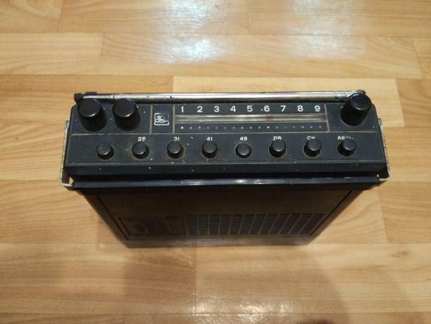 Переносной радиоприемник автомобильный Урал-Авто-2
